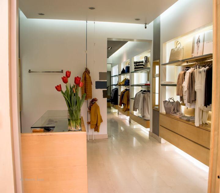 Jerref Boutique Donna.·  Jerref dove la moda èclasse